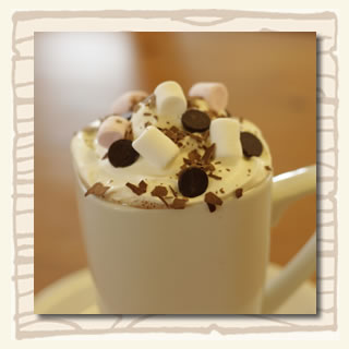 luxury chilli drinking chocolate with marsh mellows and chocolate drops